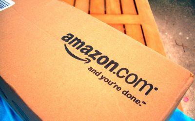 Amazon reconoce que algunos de sus conductores orinan en botellas de plástico