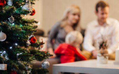 La guía navideña de los CDC insta a los estadounidenses a vacunarse para las fiestas