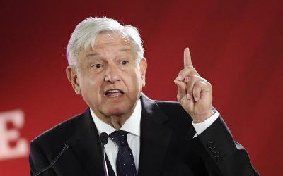"""""""Enamorado de las malas ideas"""": López Obrador lleva a México de regreso al futuro"""