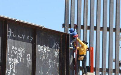 Senadores piden que la prensa acceda a las instalaciones que albergan a niños migrantes