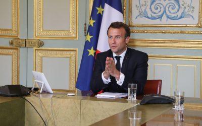 Francia anuncia el final del mandato de mascarillas y toque de queda