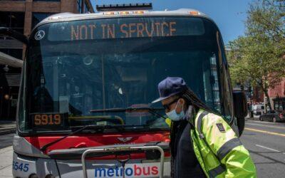 Acusan a empleado de Metro de robar $155 mil en partes de autobuses