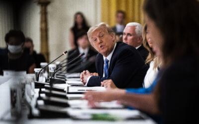 Trump promete a los hispanos más y mejores oportunidades educativas
