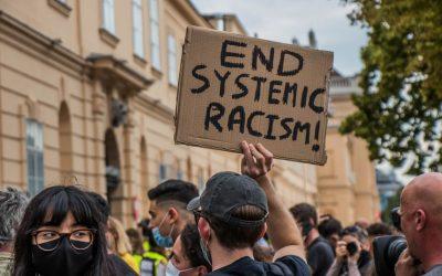 """Los CDC califican al racismo """"una grave amenaza para la salud pública"""""""