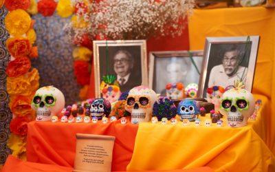 Concierto por el Día de los Muertos para honrar a víctimas mortales del COVID-19