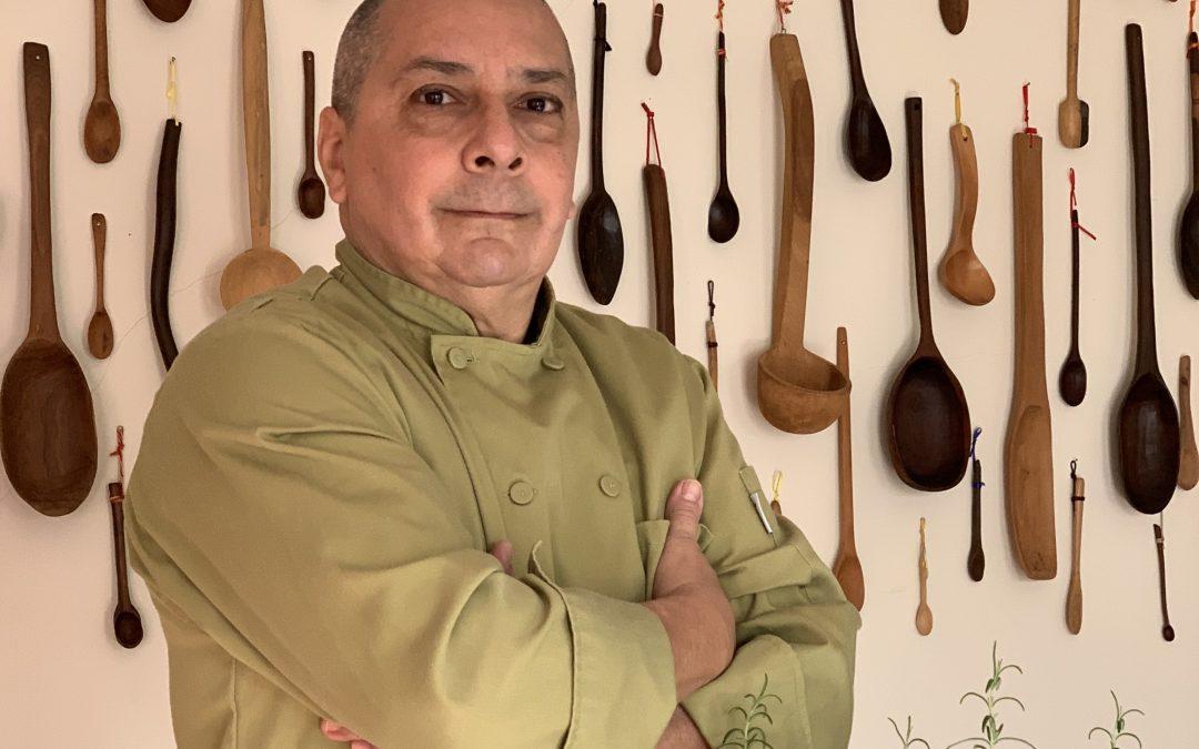 Chef latino crea nuevas formas para usar la comida que nos sobra