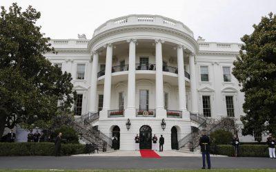 Casa Blanca revelará nombres de funcionarios con COVID-19 que tengan contacto con Biden y Harris