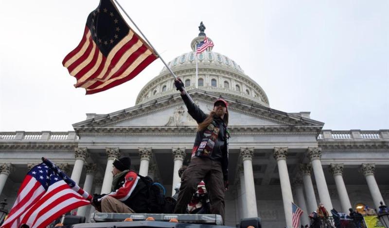 FBI descubrió contacto entre asaltante al Capitolio y persona cercana a Trump