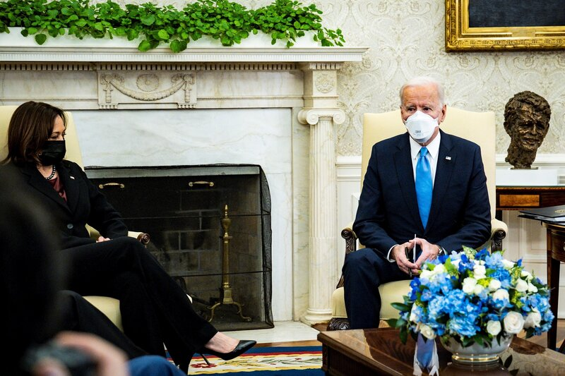 DISCUSIÓN. El viernes Biden invitó a líderes locales republicanos a la Casa Blanca para discutir el plan de alivio. | Foto: Efe.