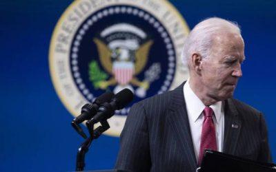 Biden ordenó revisar las cadenas de abastecimiento de bienes esenciales para el país