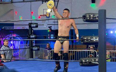 Luchador Rayo se convierte en el primer International Open Challenge World Champion