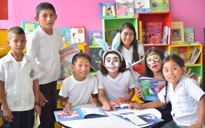 Había una vez una biblioteca en Honduras que parecía un bosque mágico