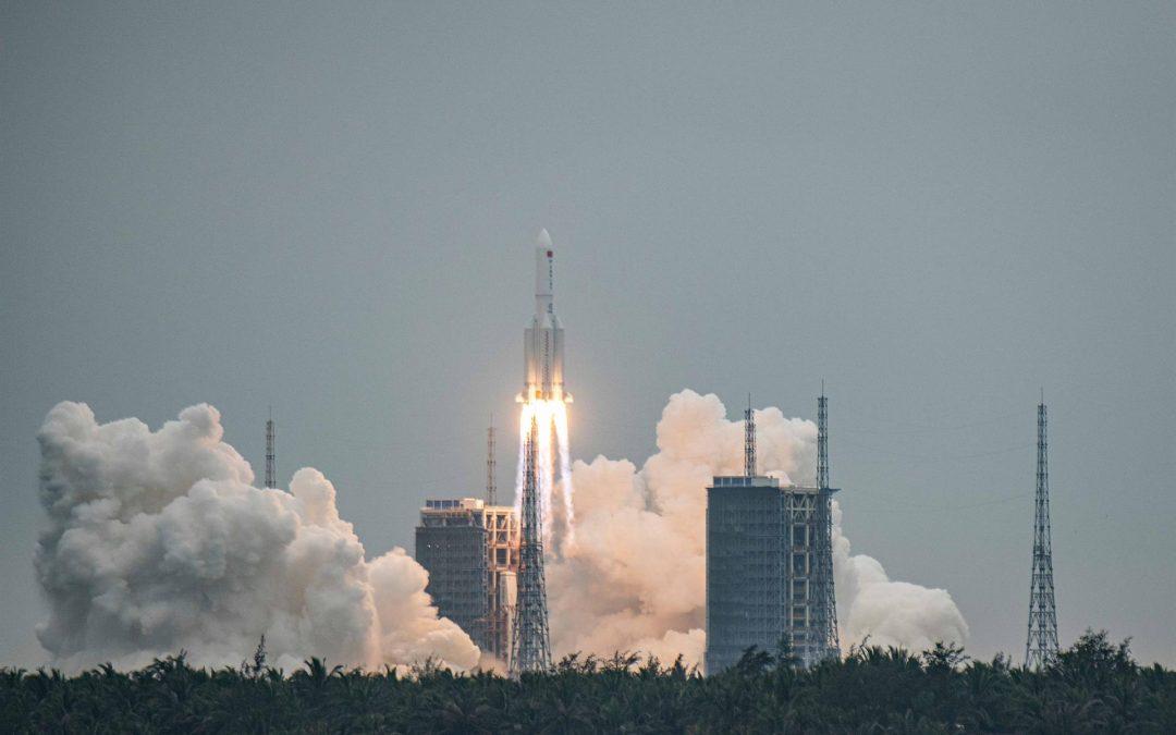 NASA critica a China tras reingreso de los restos de su cohete