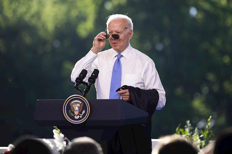 """Biden se disculpa por su reacción ante la pregunta de una reportera de CNN sobre Putin: """"no debí ser displicente"""""""