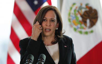 Lucha de Kamala Harris por combatir migración ilegal desde Centroamérica se suma a expulsiones aceleradas del DHS