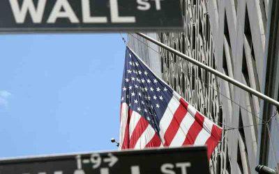 Aumenta el dólar impulsado por el cambio de mensaje de la Fed