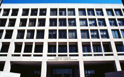 Departamento del Trabajo multa a una planta avícola y tres empresas por muerte de seis trabajadores