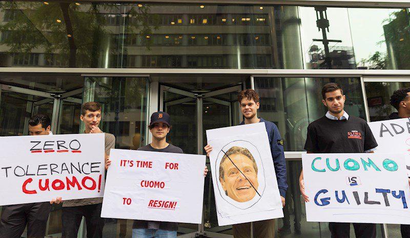 Protesta contra Andrew Cuomo