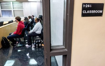 Escuelas públicas de Fairfax requerirán la vacunación de estudiantes-atletas de secundaria
