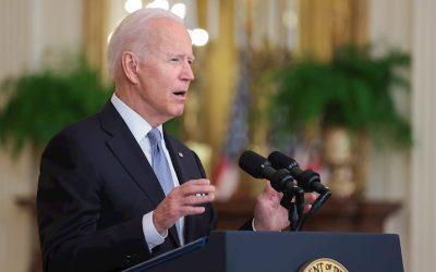 Biden honra a los familiares de las víctimas del 11 de septiembre y llama a la unidad nacional
