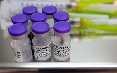 Estos son los trabajadores que ahora pueden recibir una vacuna de refuerzo de COVID-19