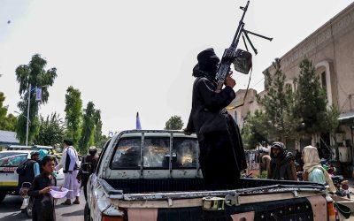 Talibanes asesinan al hermano de una figura de la oposición afgana, según su familia