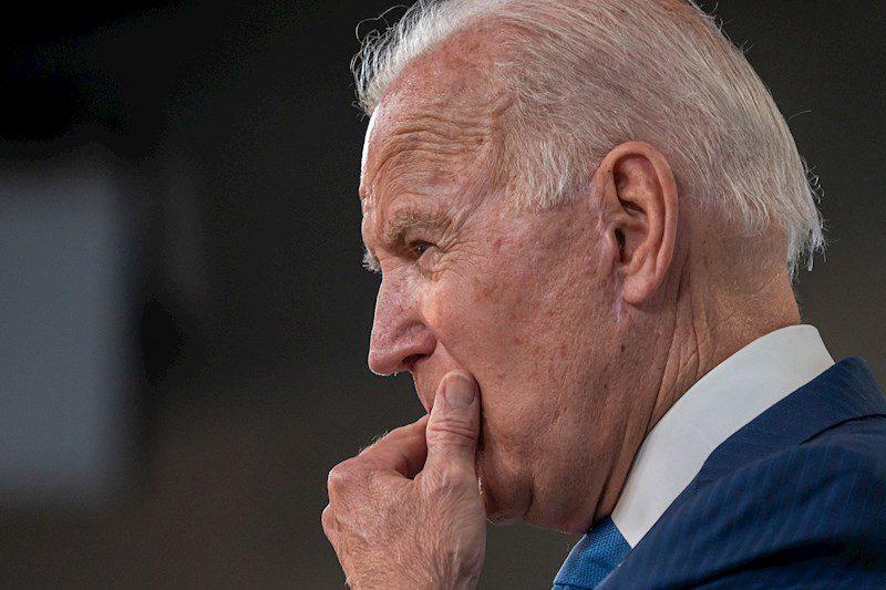 Biden resta presión a la aprobación de su agenda económica