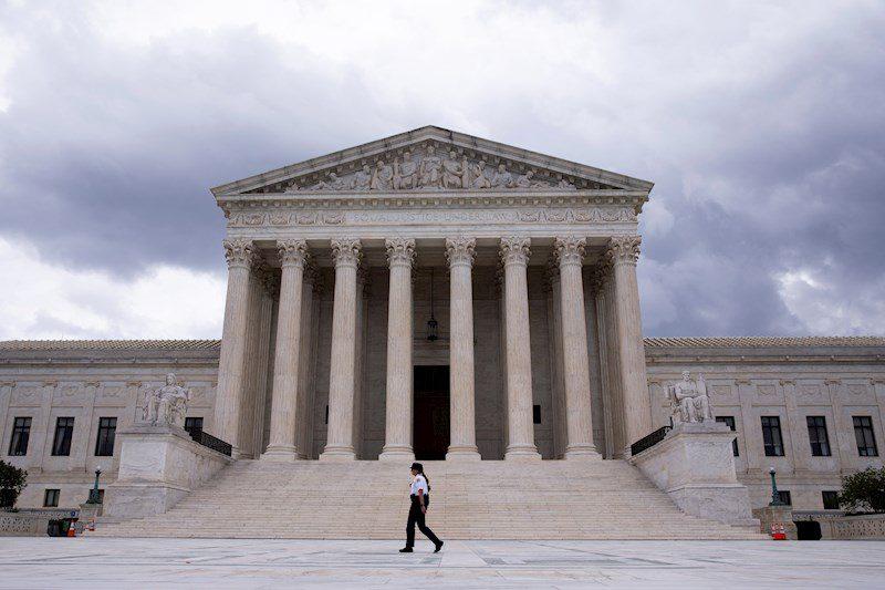 Departamento de Justicia pide suspensión de emergencia de ley de aborto de Texas