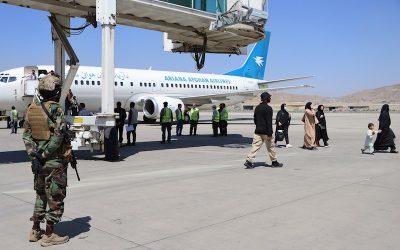 El segundo avión de Qatar Airways llega al aeropuerto de Kabul
