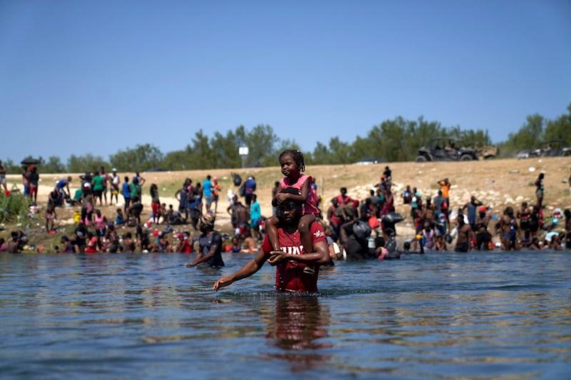 Migrantes haitianos en Del Rio