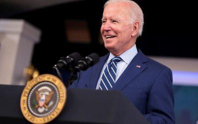 Análisis de Datos – Biden dice que su plan de gastos 'cuesta cero dólares'