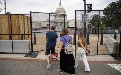 El Tiempo Político: El COVID-19 ya no podrá ser una excusa para deportar migrantes. Trump ya tiene sus candidatos preferidos en tres estados