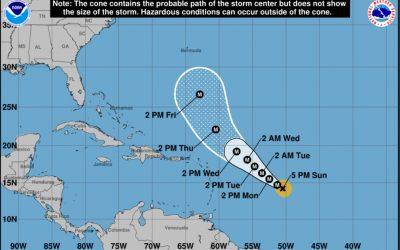 El huracán Sam se intensifica a categoría 4 con vientos de 145 mph