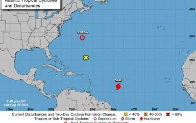 Tormenta Sam se fortalece y se convertirá en un gran huracán