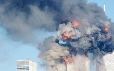 Atentados del 11 de septiembre: la historia detrás de la icónica imagen del hombre cayendo de una de las Torres Gemelas