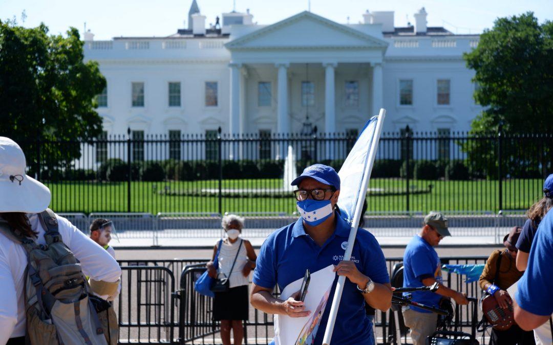 Tepesianos marchan a la Casa Blanca y al Congreso este lunes