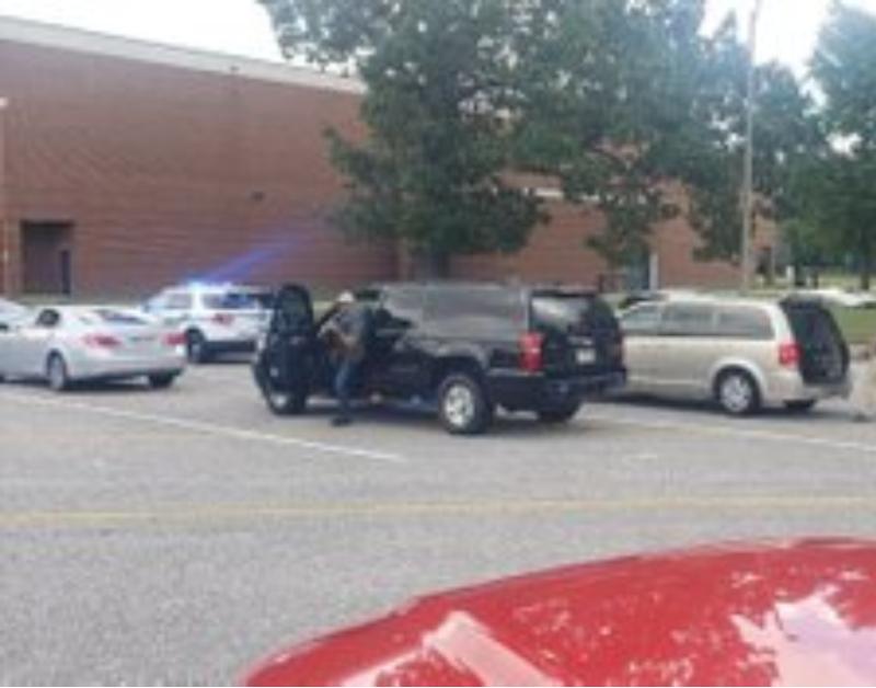 Al menos dos heridos en un tiroteo en instituto de Newport News, Virginia