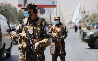Inteligencia británica advierte que retorno de los talibanes ha animado a los terroristas