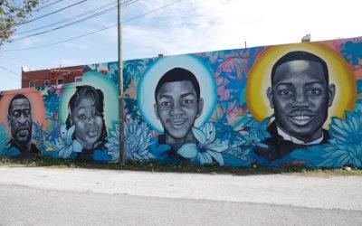 Avanza proceso para juzgar a tres hombres que cazaron y asesinaron a un afroamericano
