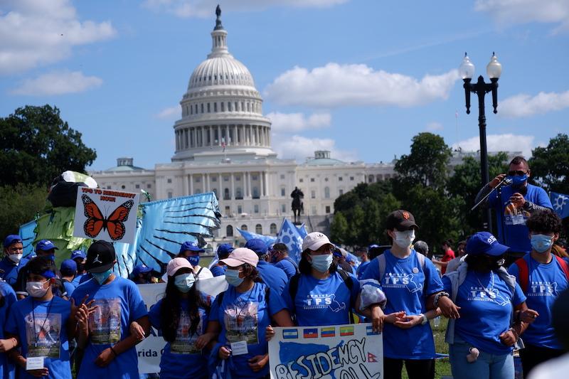 Hijos de inmigrantes al frente de protestas por la reforma migratoria