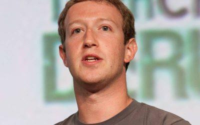 Mark Zuckerberg rompe su silencio tras el testimonio de un denunciante en contra de Facebook