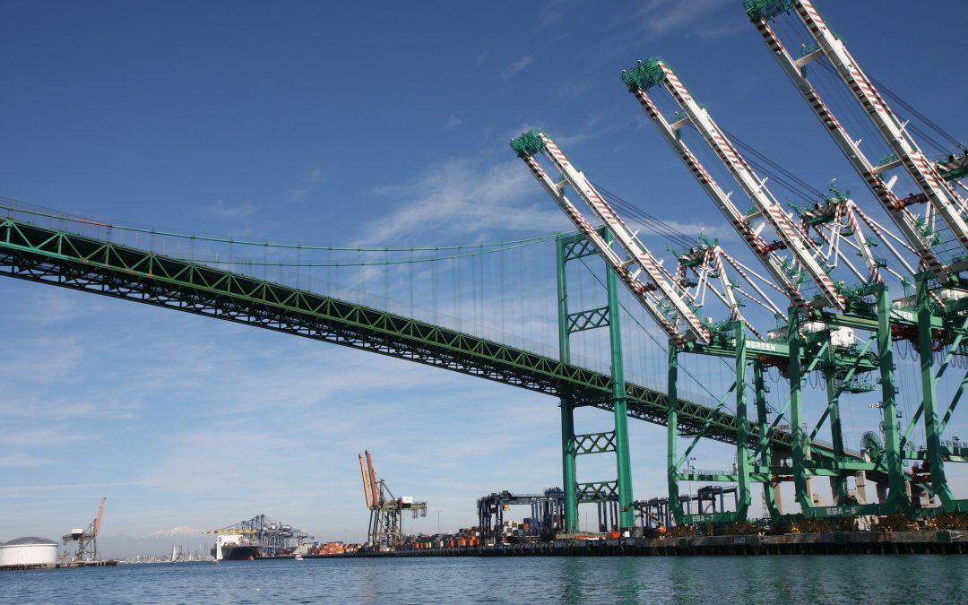 Puerto de Los Ángeles abrirá todo el día para aliviar presión sobre la cadena de suministros
