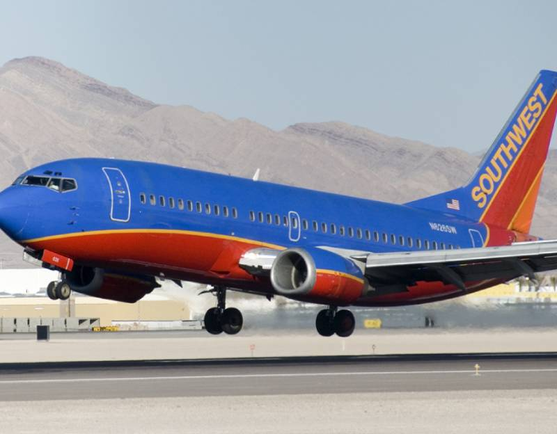 Cancelación de vuelos de Southwest no es debido a protestas anti vacunas, dice su director