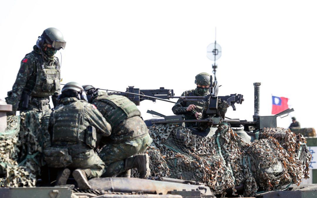 Ejercicios militares antagónicos de EEUU y China aumentan los riesgos de conflicto en Taiwán